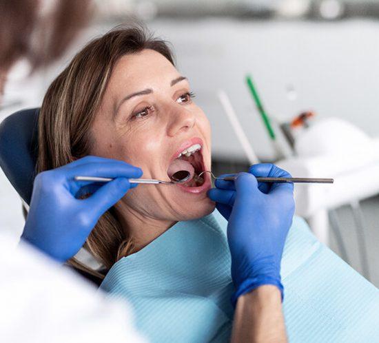 Parodontitis-Therapie Köln
